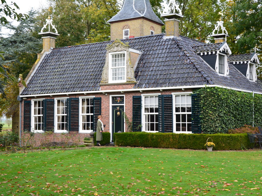 Palace Estate Allingastate