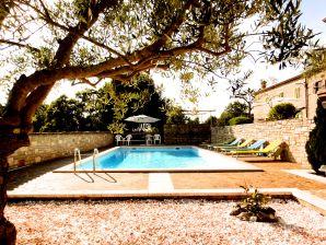 Landhaus Villa Fattoria