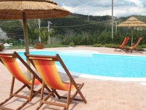Villa 4/6 Pers+privat Pool, nahe Meer