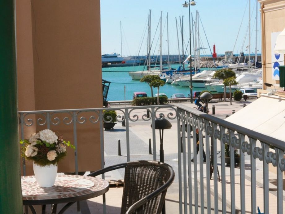 Sant Pere II - with a beautiful view to the marina