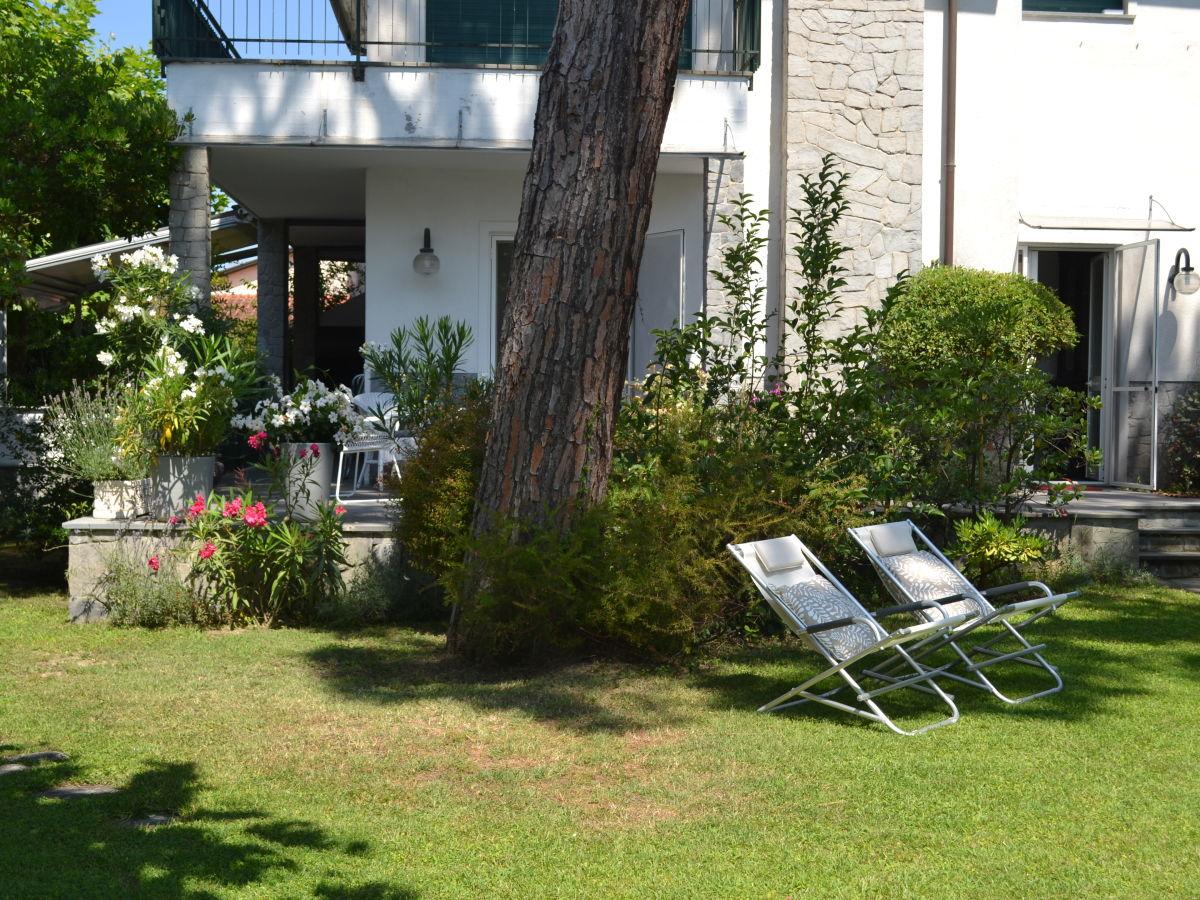 ferienhaus villa mare montignoso frau cosima. Black Bedroom Furniture Sets. Home Design Ideas