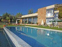 Villa Mas 2