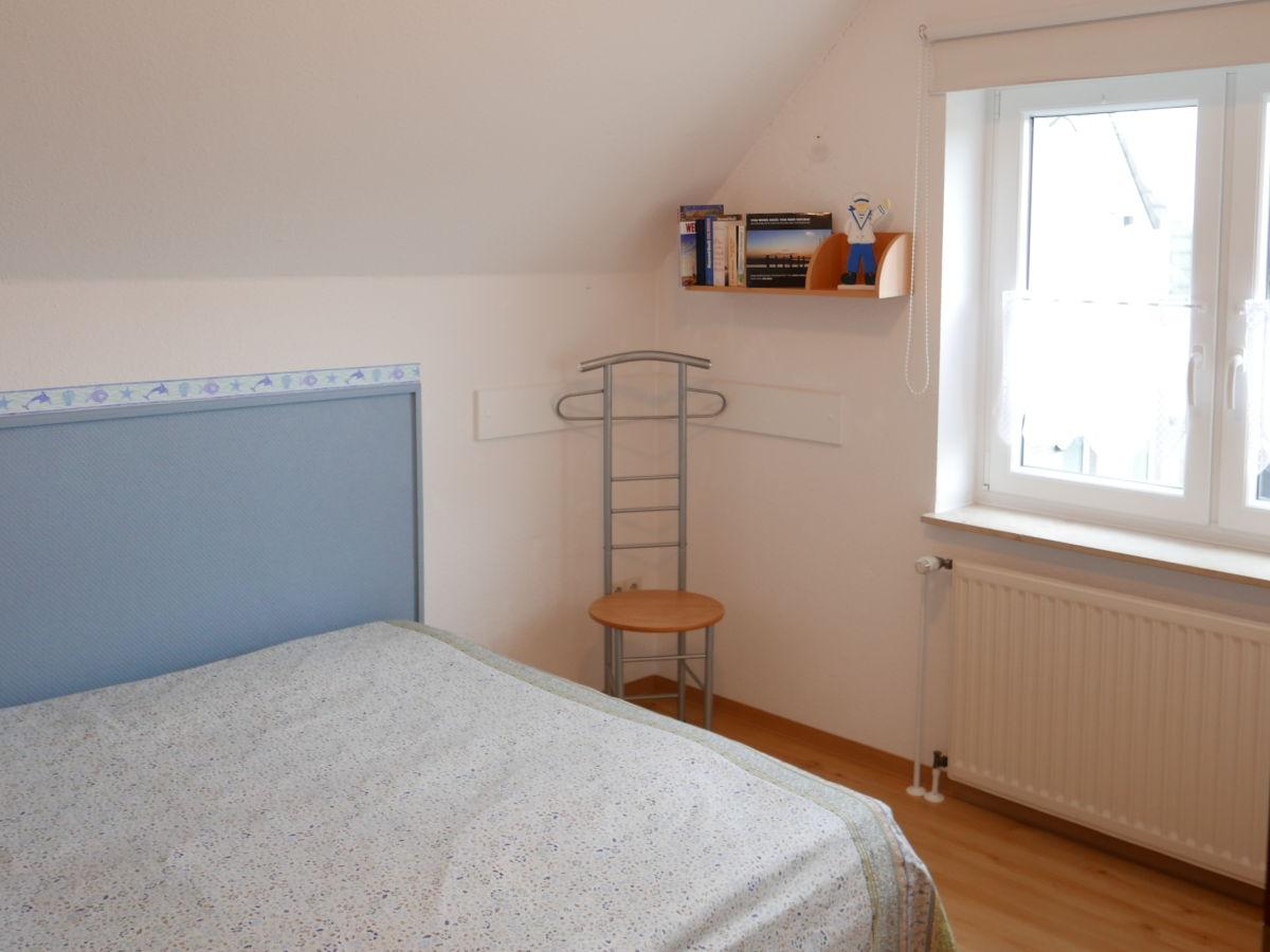 Ferienwohnung 4 im Haus Oliver, Wangerooge - Firma ADN GmbH & CO Dienstleistungs KG - Frau ...