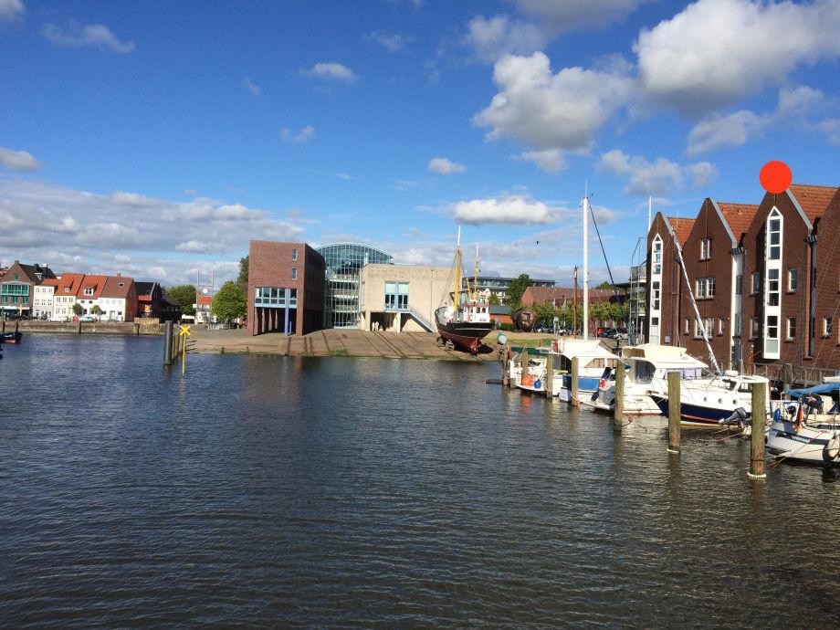 Husumer Binnenhafen (Ferienappartement roter Punkt)