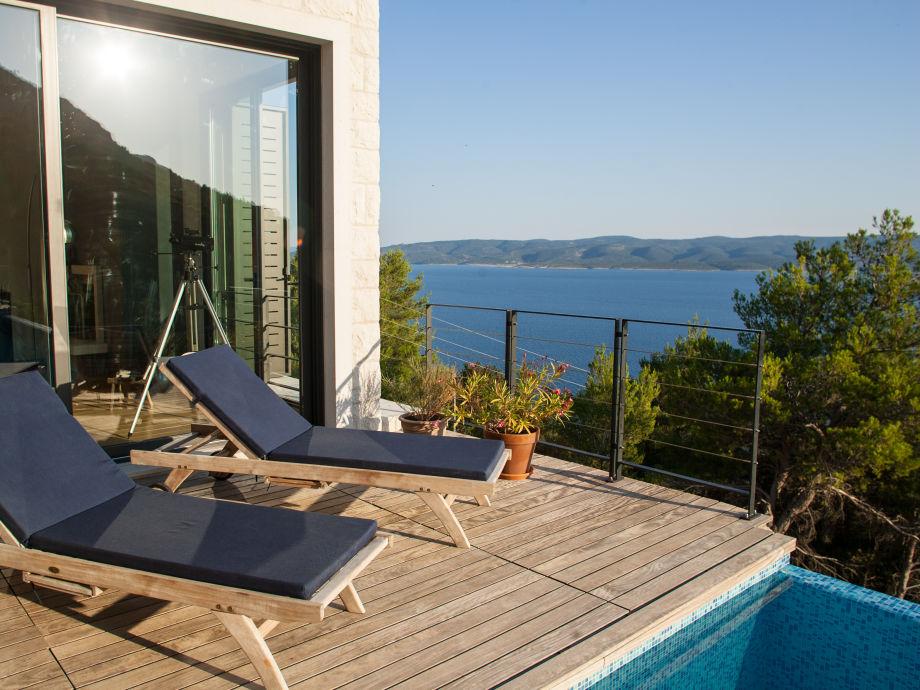 DesignerVilla Azul with Pool and Sea View