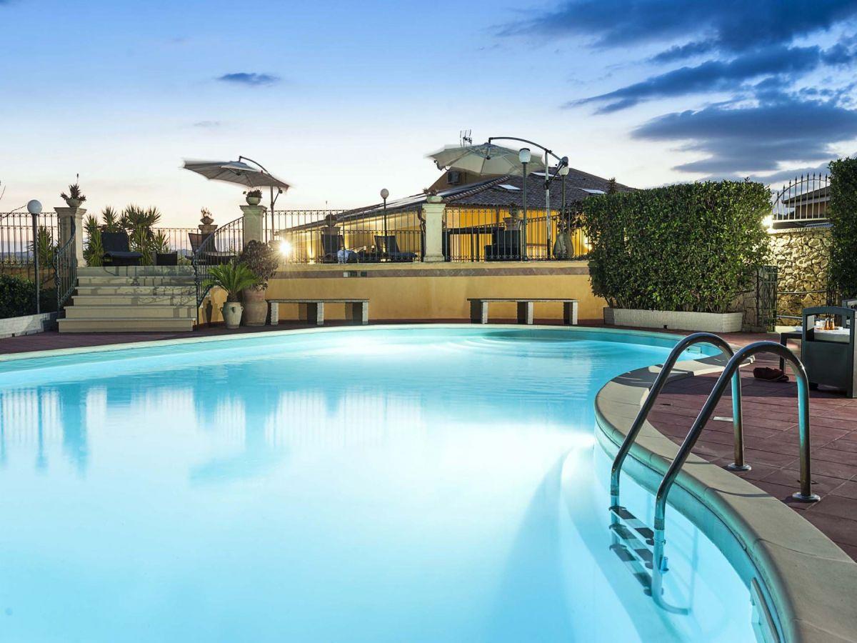 Villa Carolina, Sizilien, Costa Siciliana - Firma DiCasaInSicilia ...