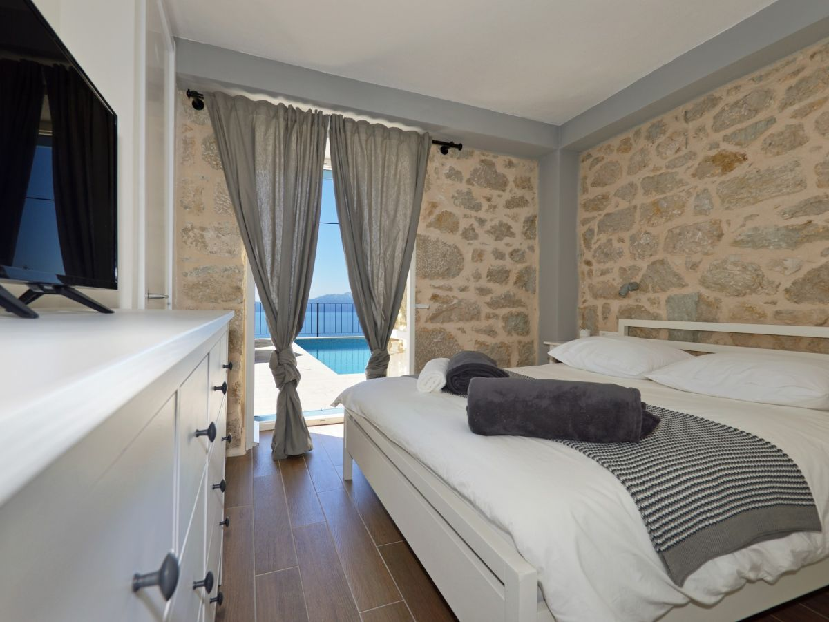 ferienhaus kaliope dalmatien makarska riviera zaostrog firma prominens d o o frau. Black Bedroom Furniture Sets. Home Design Ideas