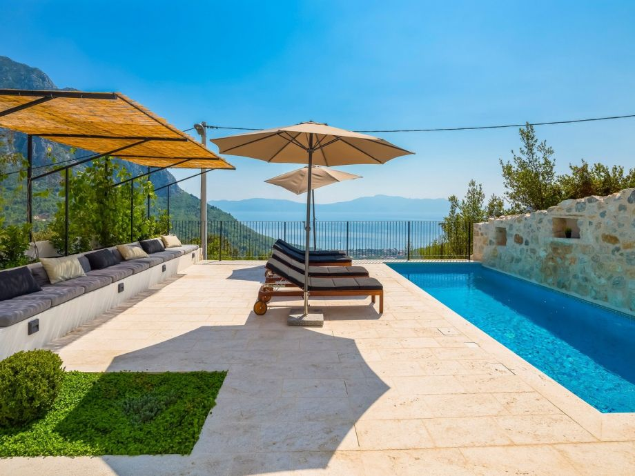 ferienhaus kaliope dalmatien makarska riviera zaostrog firma prominens d o o frau. Black Bedroom Furniture Sets. Home Design Ideas