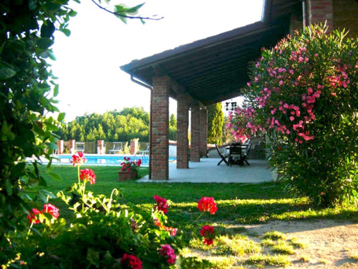 Villa fosciana toskana firma friends of tuscany mr for Gartengestaltung schattiger garten