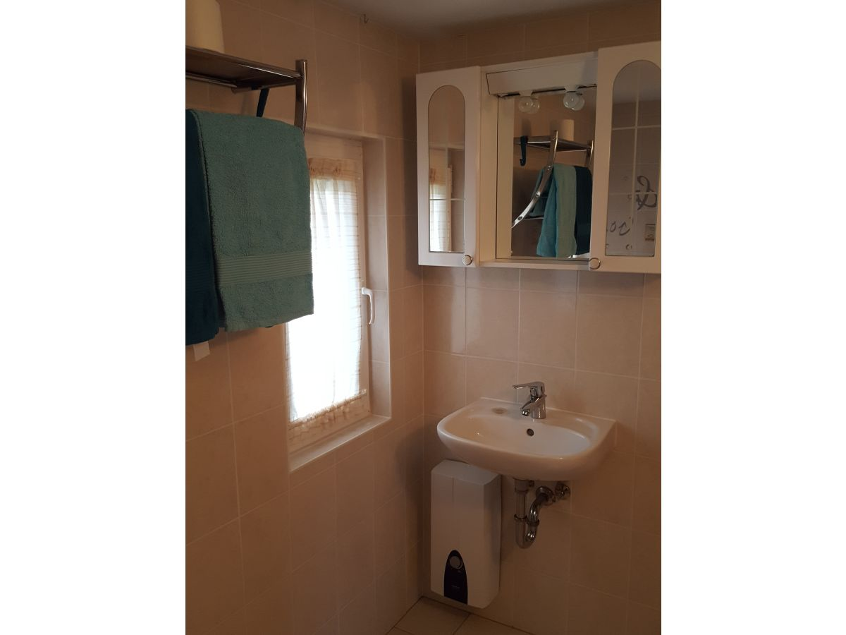bungalow fabian fischland dar zingst frau regine w nsche. Black Bedroom Furniture Sets. Home Design Ideas