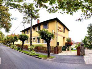 Apartment Hévíz Villa Familia