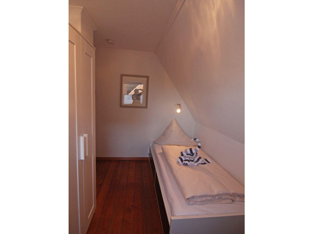 ferienhaus ail ns freer sylt firma c a ferienwohnung sylt gmbh frau claudia kochanek. Black Bedroom Furniture Sets. Home Design Ideas