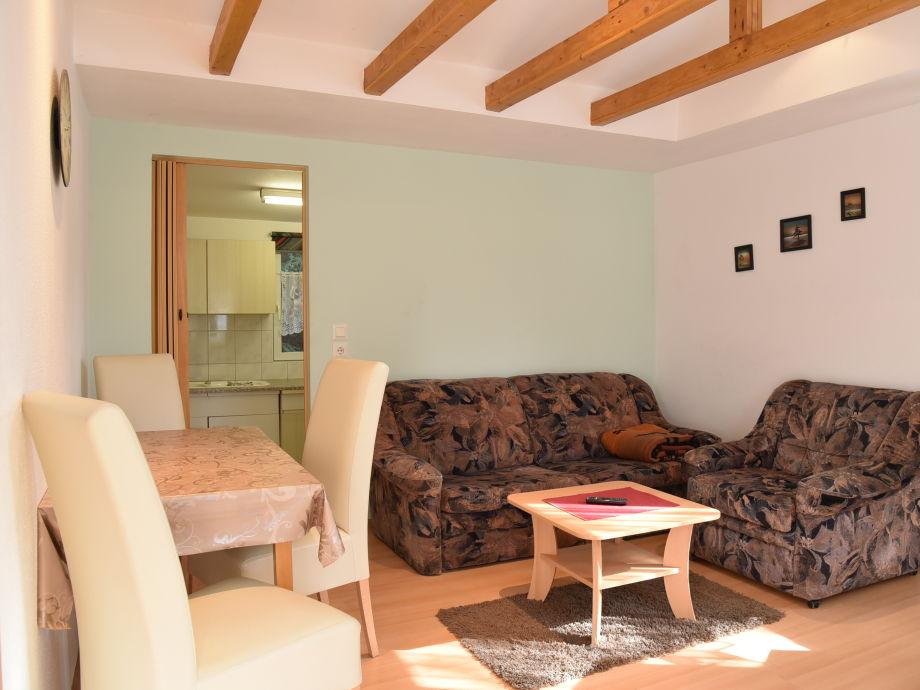 ferienhaus 2 personen im bungalowdorf am waldbad th ringer wald firma campingplatz. Black Bedroom Furniture Sets. Home Design Ideas