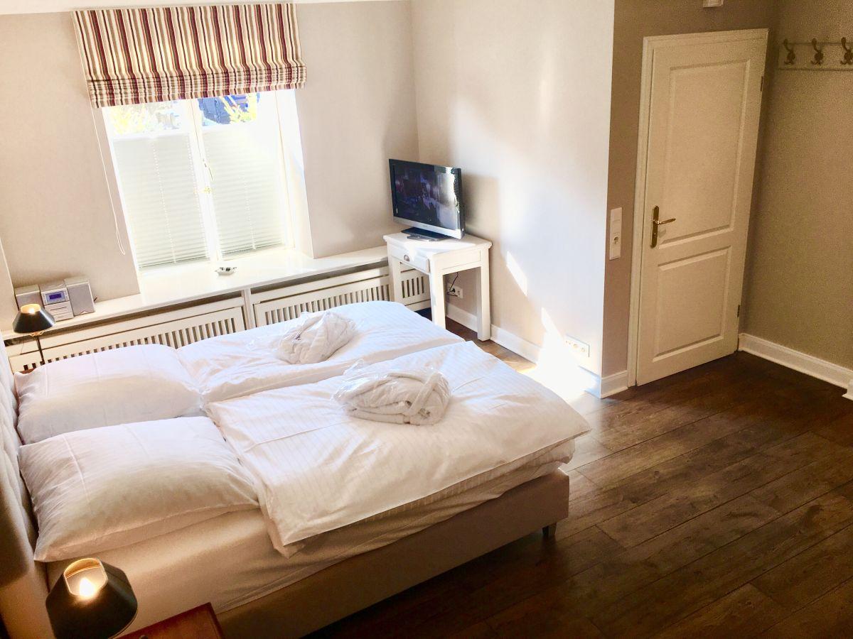 different living ferienwohnung 06 flut westerland firma different living apartment vermietung. Black Bedroom Furniture Sets. Home Design Ideas