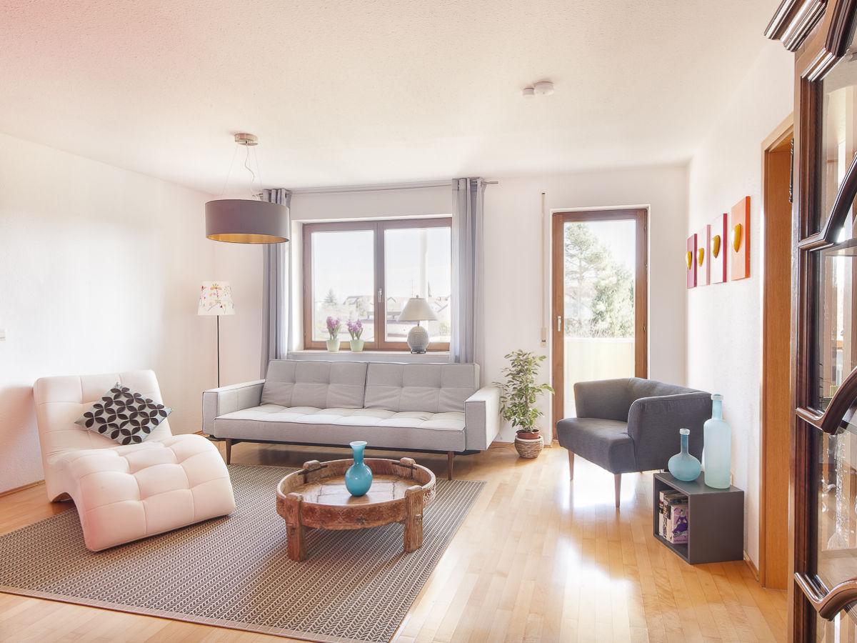 ferienwohnung schloss see salem firma marx managt ferienwohnungen am bodensee frau heike marx. Black Bedroom Furniture Sets. Home Design Ideas