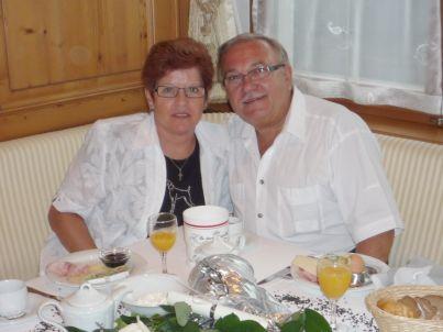 Ihr Gastgeber Anni und Niko Tyosits