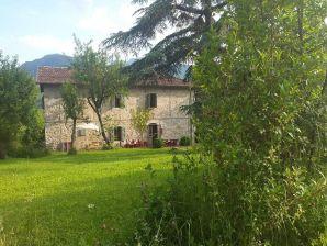 Borgo Belvedere Villa Sei