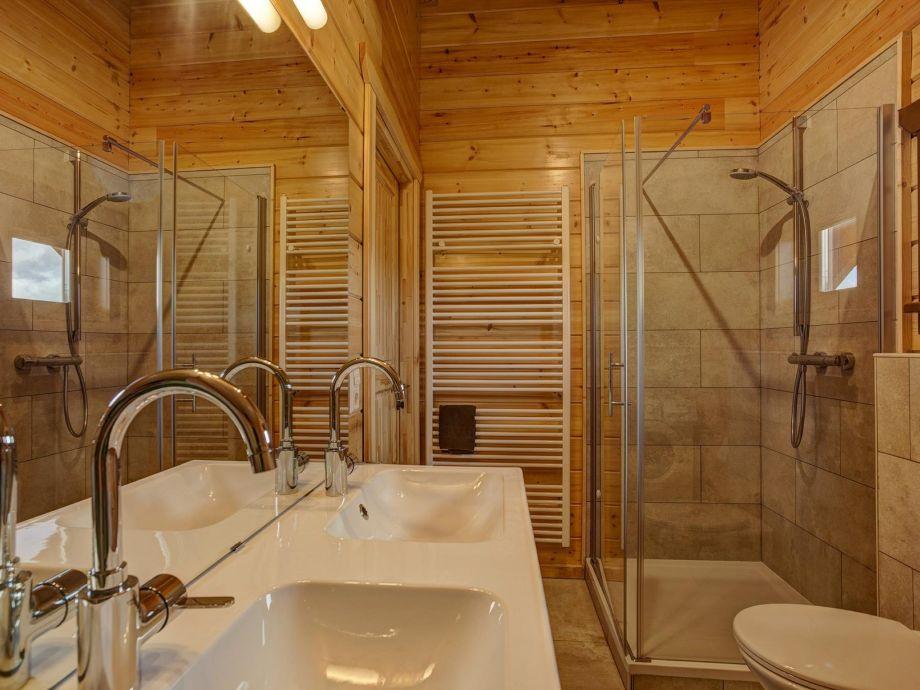 EcoLodge 2   Badezimmer 2