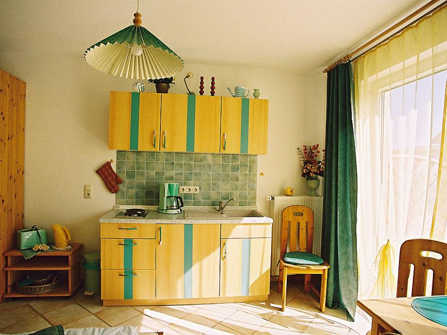 apartment 1 raum app mit terrasse am schlossblick ostsee inseln r gen ostseebad sellin. Black Bedroom Furniture Sets. Home Design Ideas