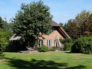 """Ferienhaus """"Haus unter Reet"""""""