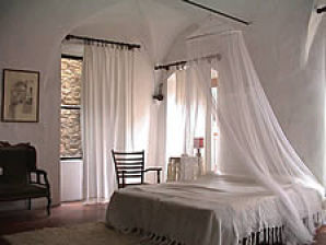 "Ferienwohnung ""The Studio"" Artists hill Village. Bussana Vecchia"