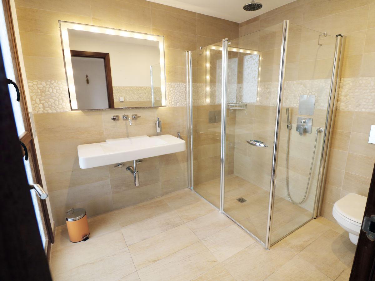 villa amara santanyi frau brigitte seibt. Black Bedroom Furniture Sets. Home Design Ideas