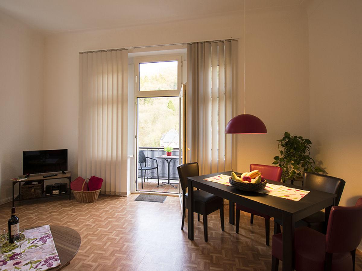 ferienwohnung im haus alleegarten bad bertrich firma ferienwohnung alleegarten frau gisela. Black Bedroom Furniture Sets. Home Design Ideas