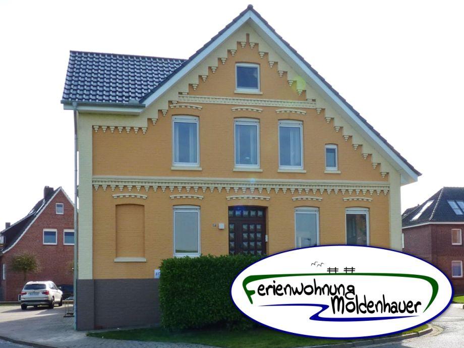 Wohnhaus mit Logo