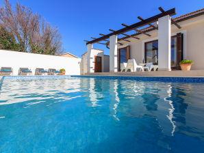 Villa Nina 2km Strand