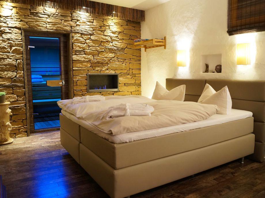 Schlafzimmer mit Sauna