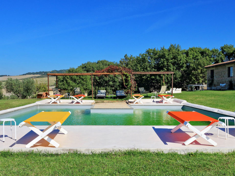 big outdoor pool, now also secured for kids
