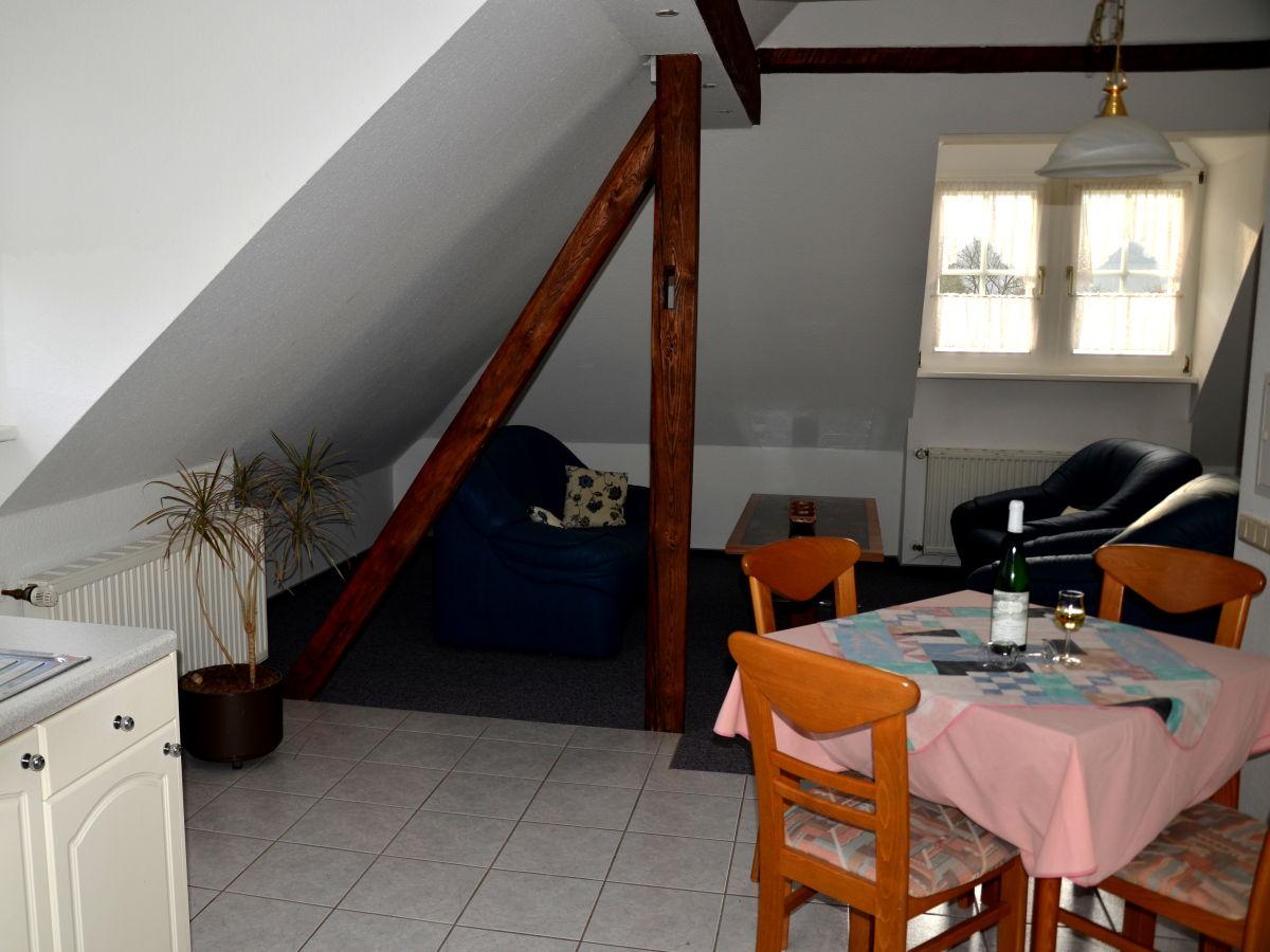 Ferienwohnung weingut rebenhof detzem mosel firma weingut g stehaus rebenhof frau lydia - Ess und wohnzimmer modern ...