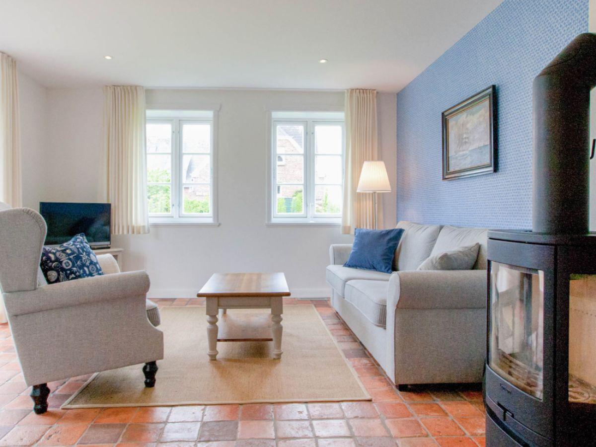 ferienwohnung bliis tidjen amrum firma bliis tidjen frau sabine h lck. Black Bedroom Furniture Sets. Home Design Ideas