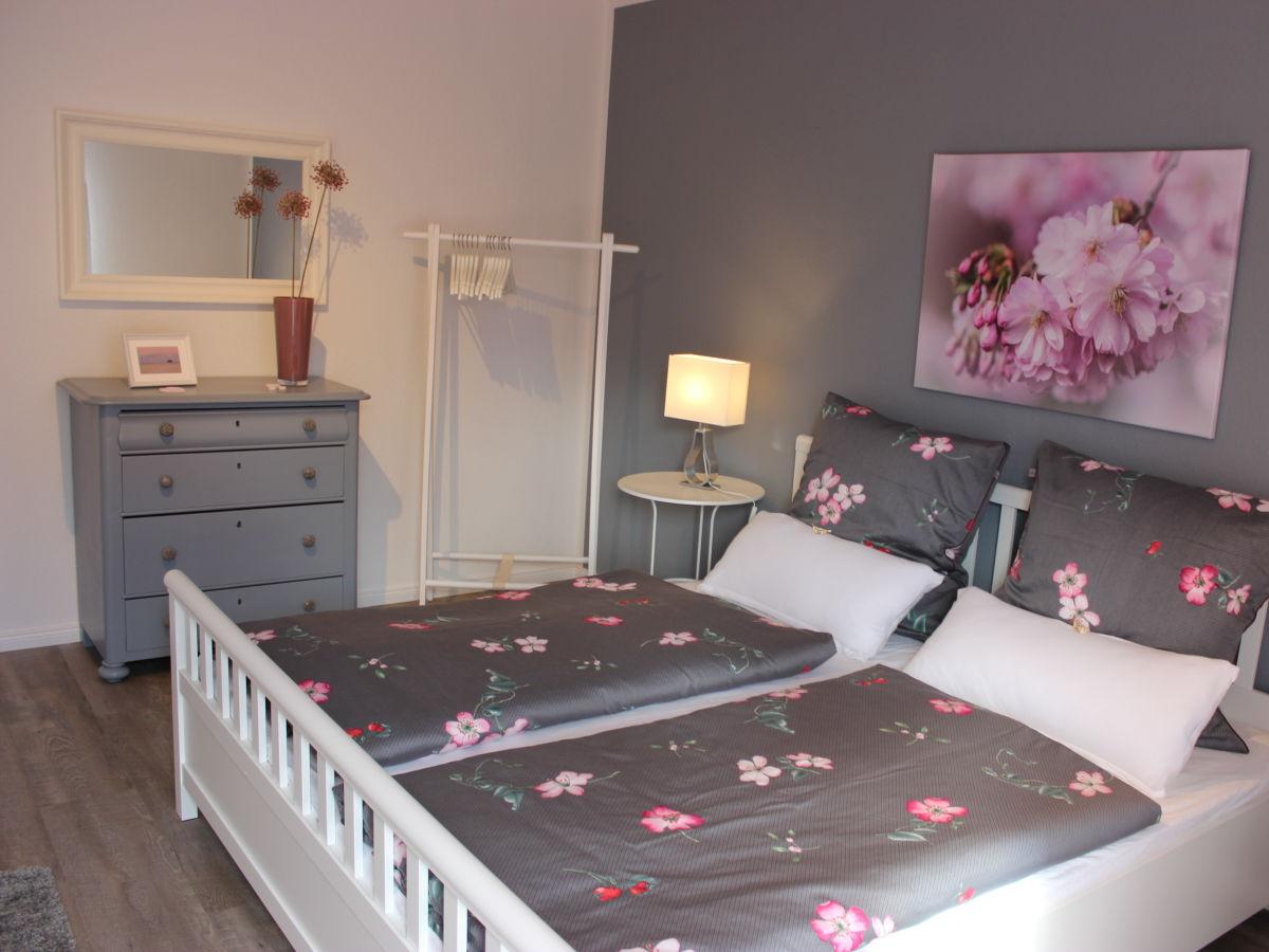 Schlafzimmer, Rosa  Grau