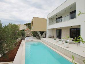 Villa Olive Grove, 120 m vom Sandstrand