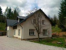 Villa KJH348 in Mlade Buky