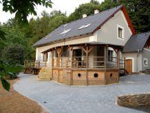 Villa SPB390 in Pasecnice