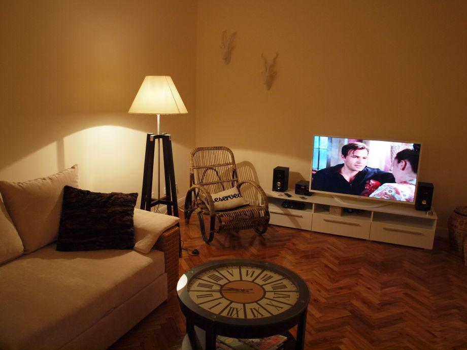 Ferienwohnung studio 2 hv zentel berlin frau anja for Schlafsofa mit matratze 160x200