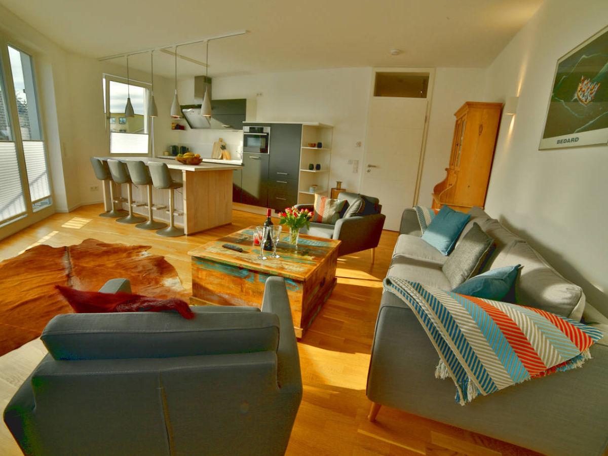 ferienwohnung strandgold binz ostsee r gen binz firma r gens feiner urlaub gmbh frau eva. Black Bedroom Furniture Sets. Home Design Ideas