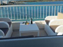 Apartment Luxury on the sea