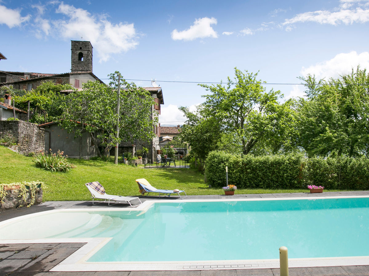 Ferienhaus villa cristina toskana firma friends of for Garten pool korsika 1 sparset