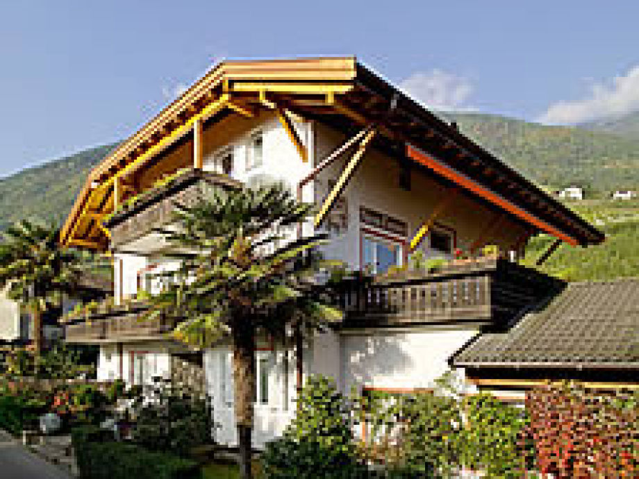 The vacation apartments in the vacation home Tauber