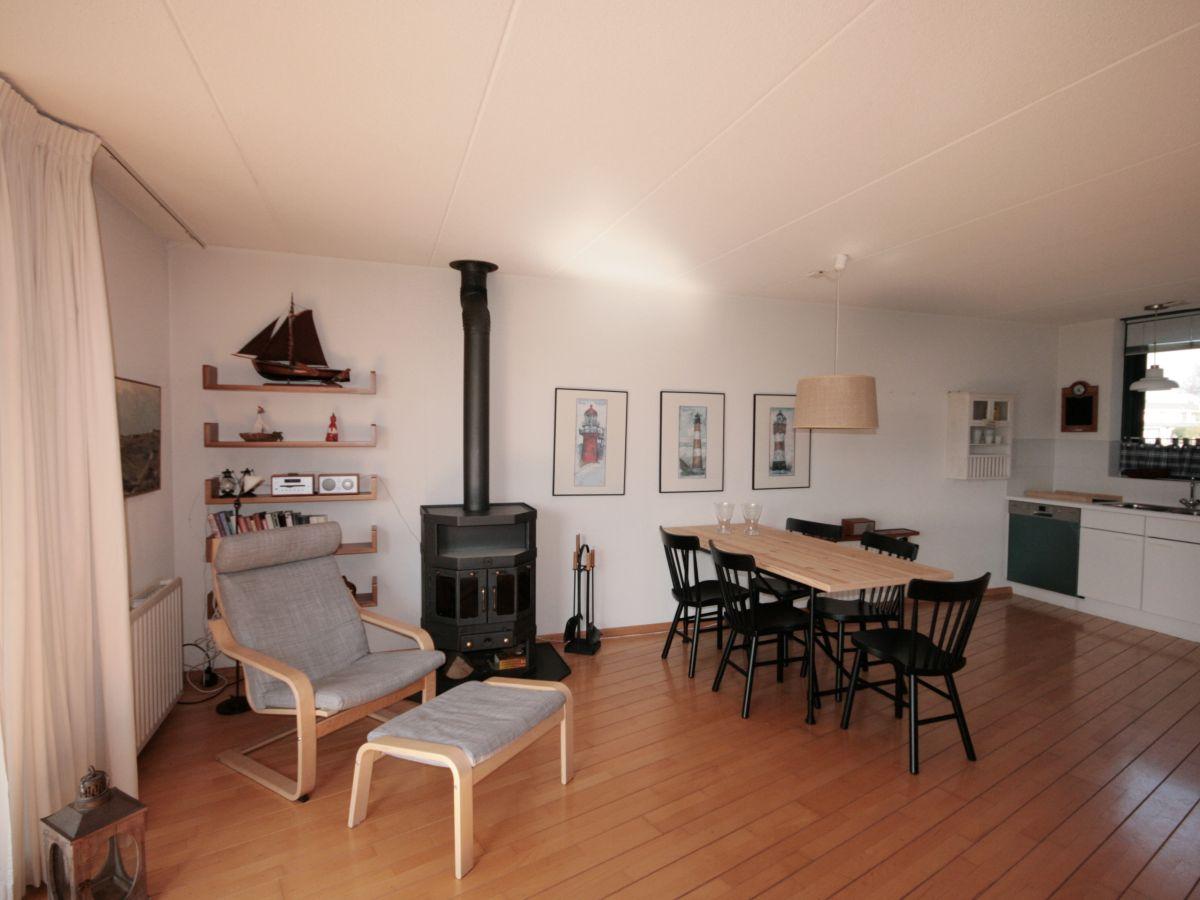 ferienhaus brekkense wiel 127 lemmer firma aqua state ferienwohnungen frau nina goudberg. Black Bedroom Furniture Sets. Home Design Ideas