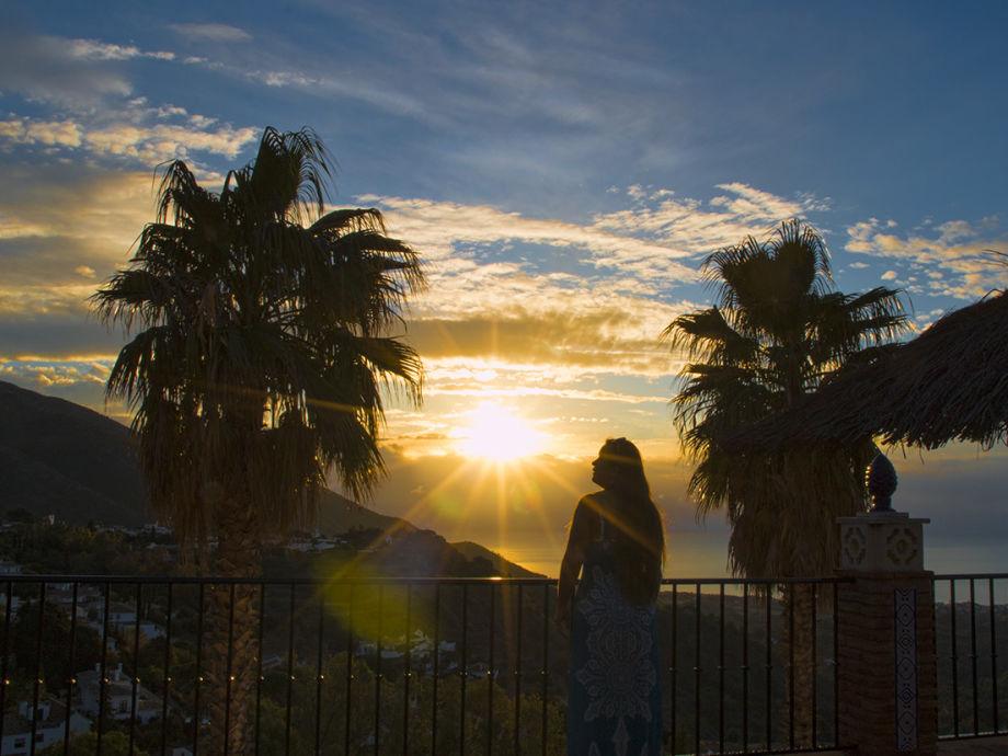 Ausblick von großer Sonnenterrasse