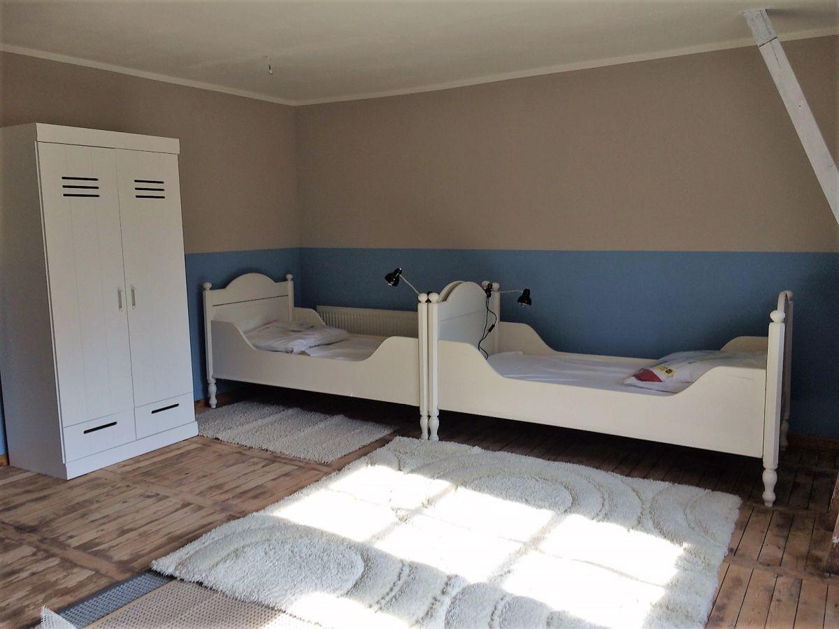 ferienwohnung h ngematte fischland dar zingst s dliche boddenk ste barth firma syztek gbr. Black Bedroom Furniture Sets. Home Design Ideas