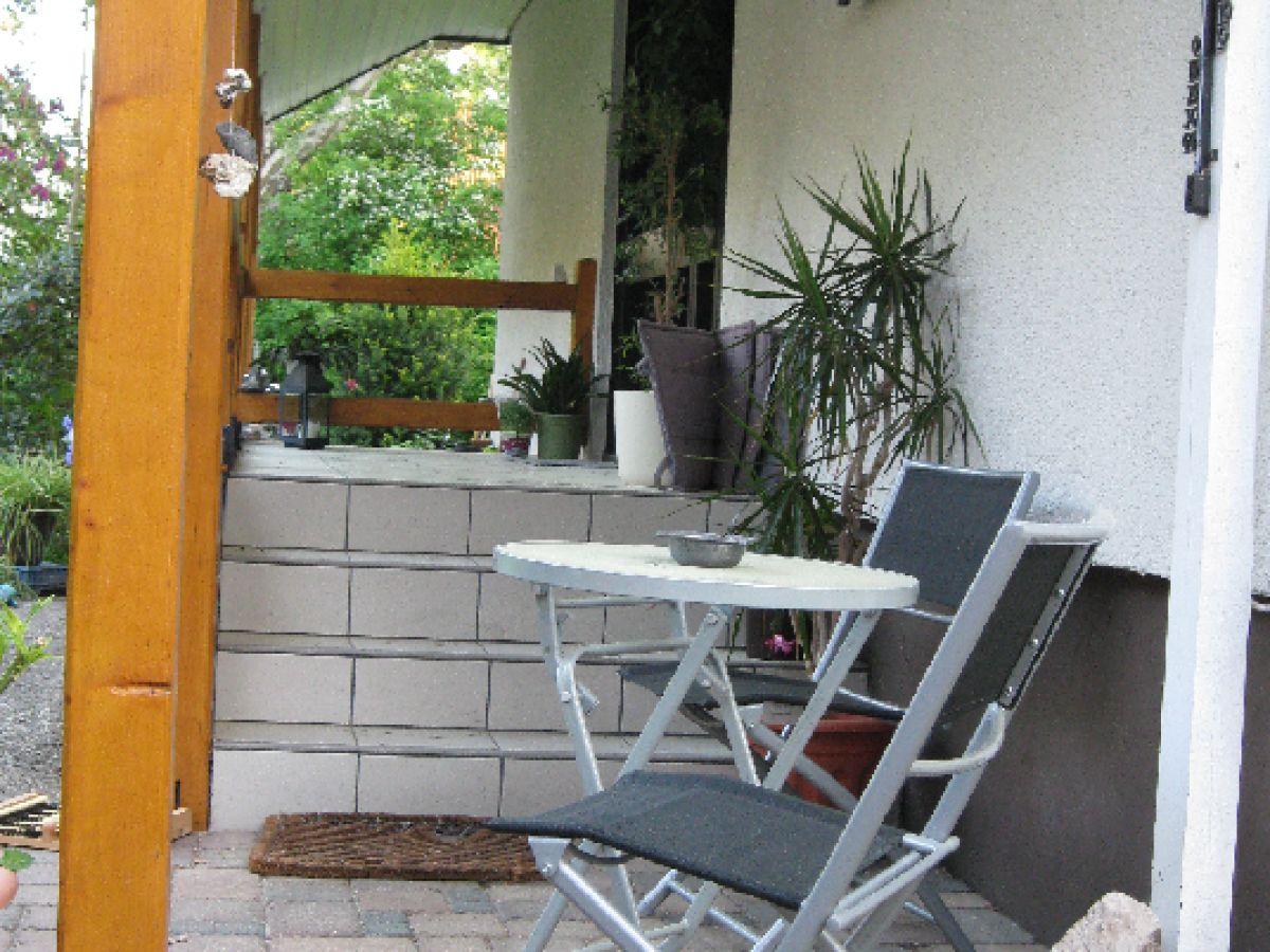 ferienwohnung zur gralsburg berlin frohnau herr gerhard baumann. Black Bedroom Furniture Sets. Home Design Ideas