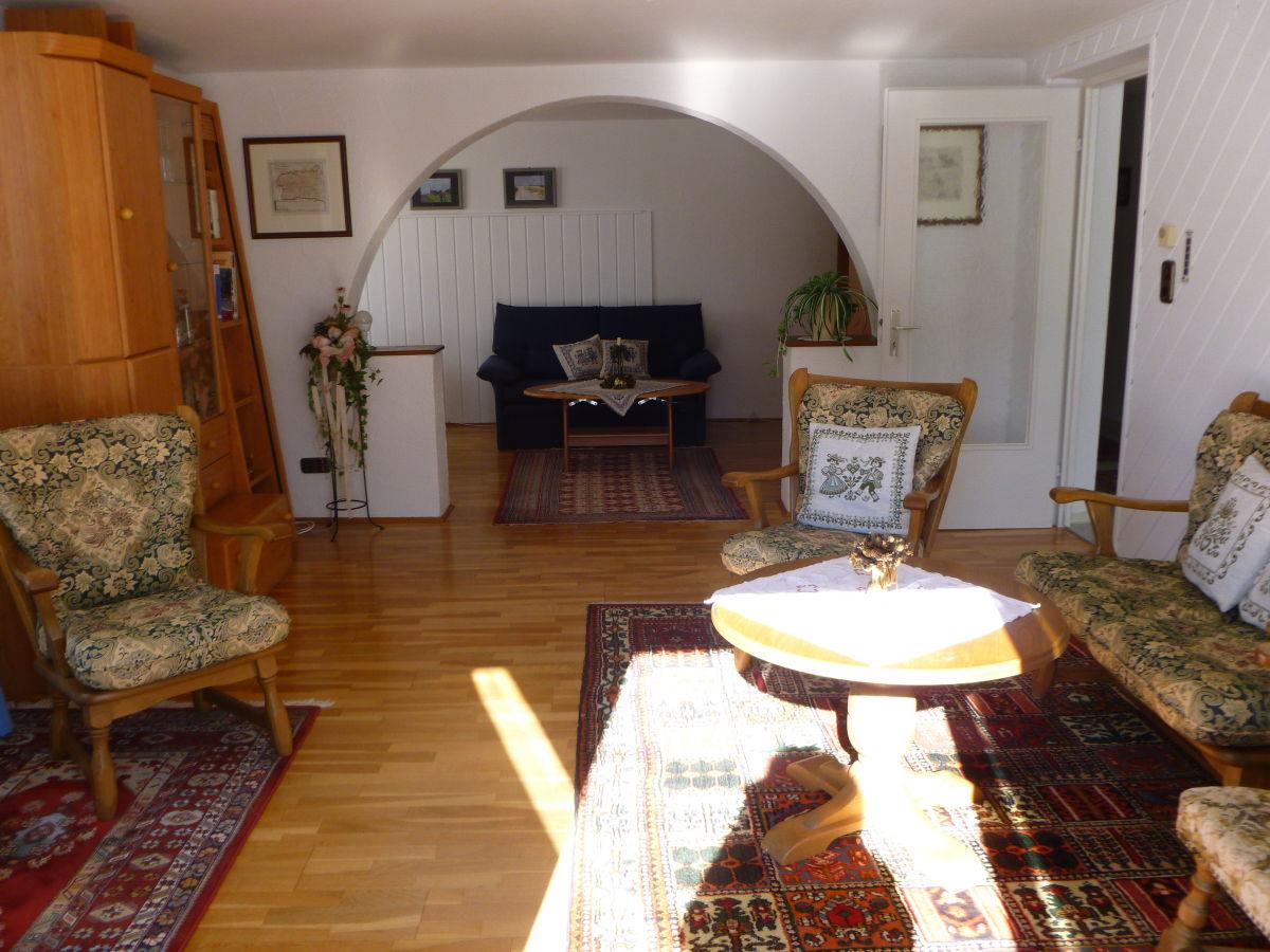 Ferienwohnung landhauswohnung 80 qm riezlern for Wohnzimmer 80 qm