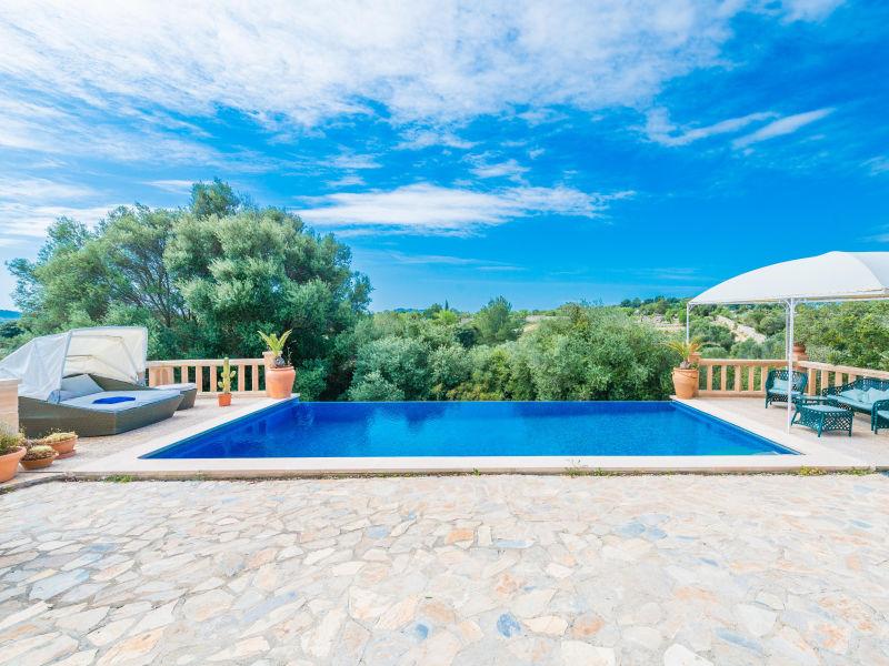 Villa Can Canals