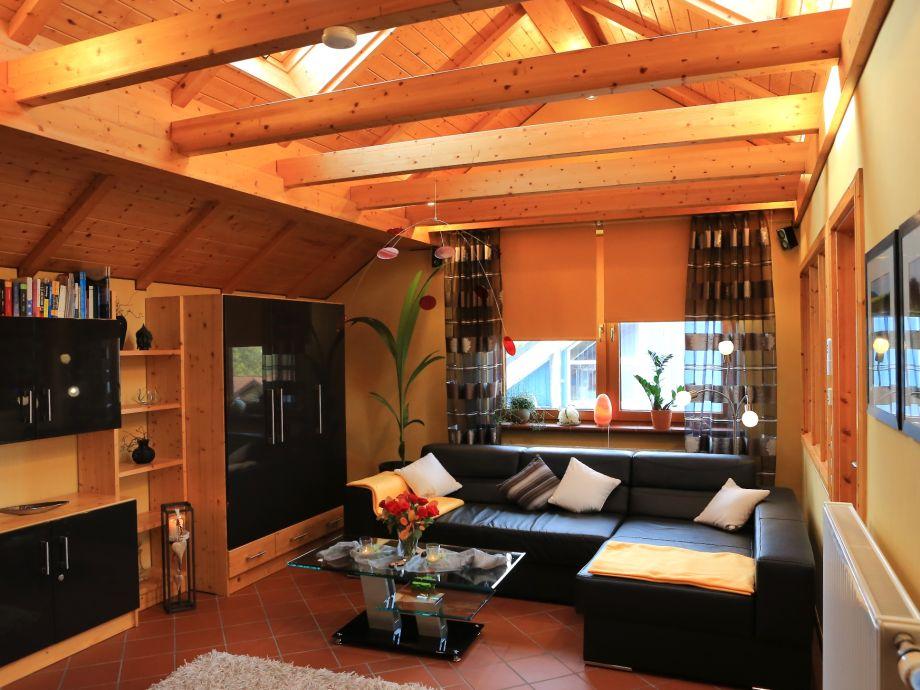Wohnraum mit gemütlicher Sitzecke