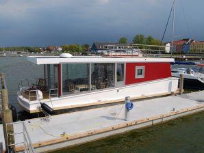 Hausboot meinFERIENBOOT Saaler Bodden